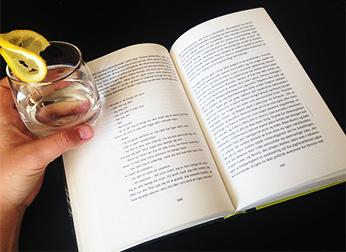 Er litteratur bedre med en sjus i hånden?
